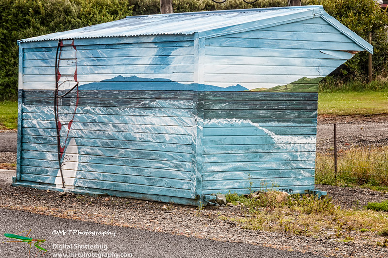 Bus shelter Colac Bay