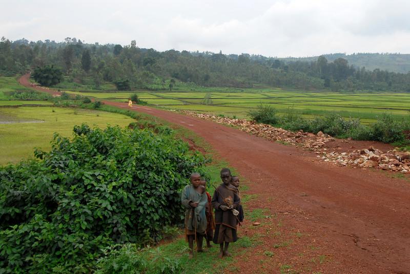 070114 4215 Burundi - on the road to Ruvubu Reserve _E _L ~E ~L.JPG