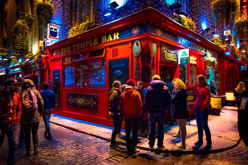 Temple bar less-1.jpg