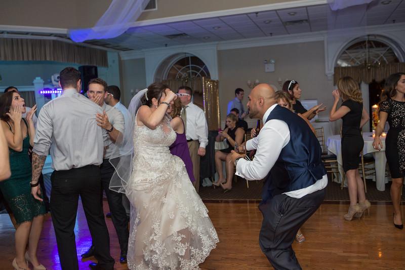 MRN_1717_Loriann_chris_new_York_wedding _photography_readytogo.nyc-.jpg.jpg