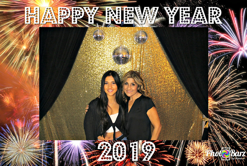 New Years 2019 Photobooth Pics (40).jpg