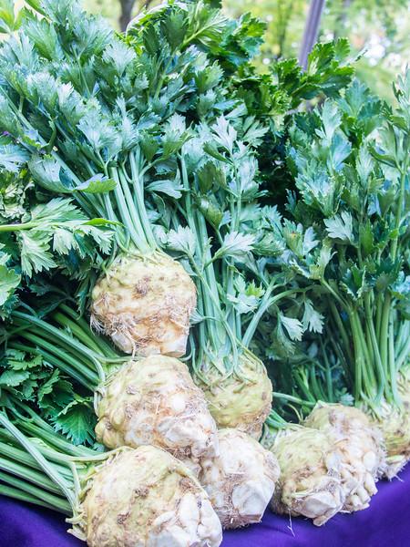market celeriac.jpg