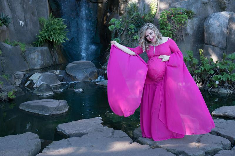 Maternity -08517.jpg