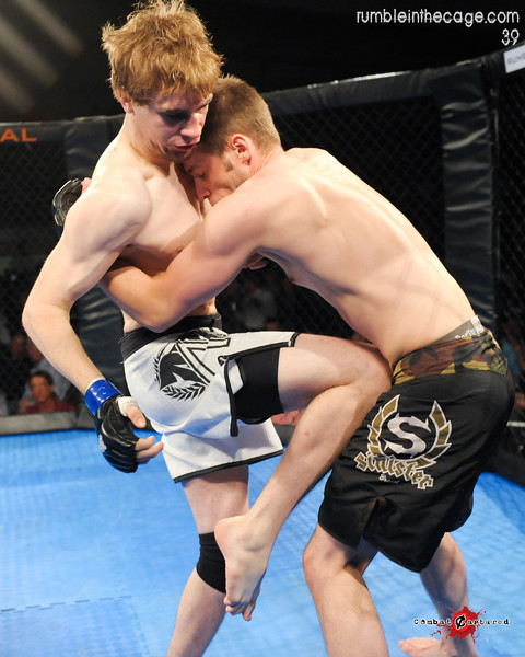 RITC 39 - B10 - Matt Thornburn def. Derek Gatz - TKO Strikes (7 of 19).jpg