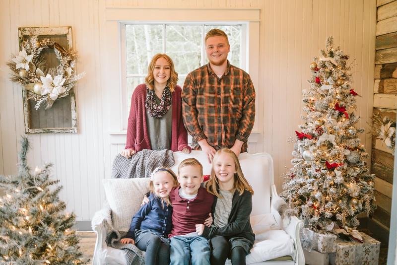 Greenfield Christmas Mini Session 2018-10.jpg