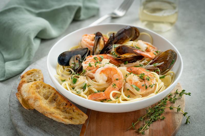 ICBINB_12_11_19_Shrimp_Mussels_Wine_garlic_030.jpg
