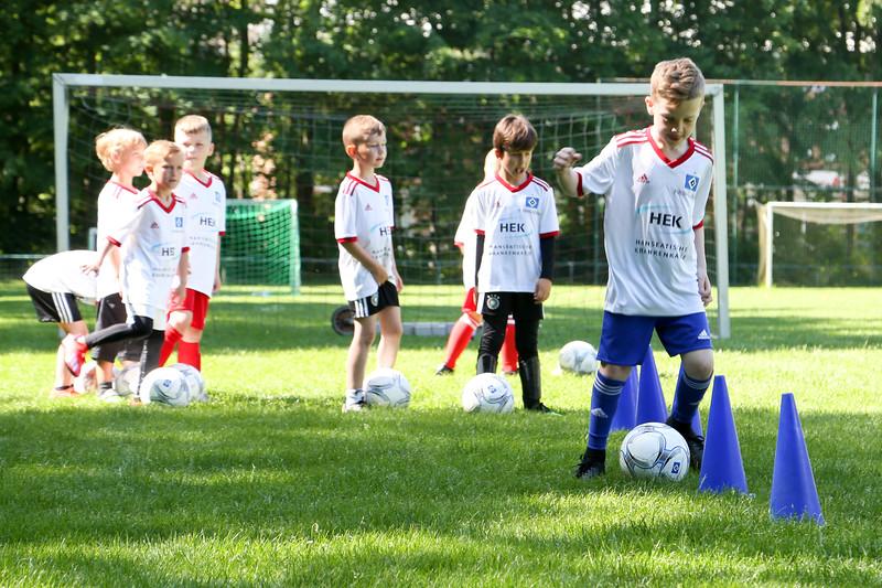 hsv_fussballschule-133_48047987443_o.jpg