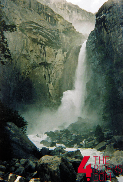 yosemite_falls.jpg