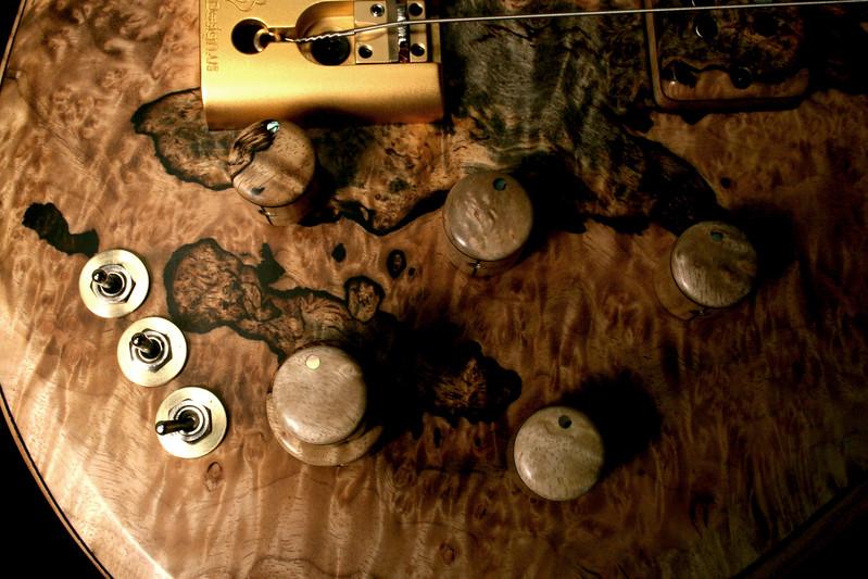 #012 Barbary 5 String Bass
