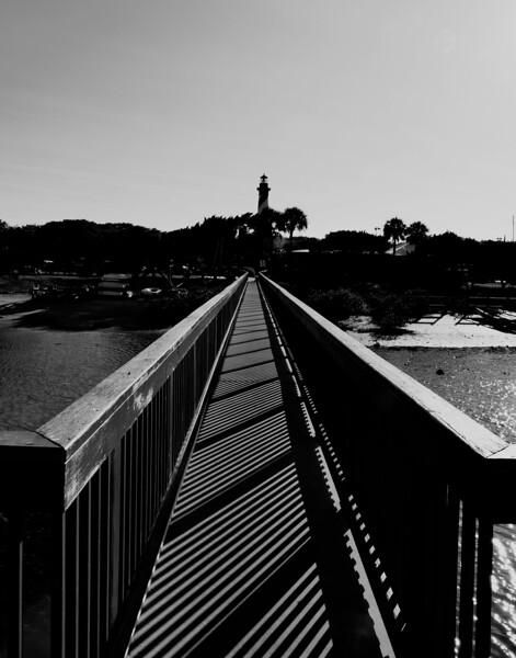 _1050196_Bridge to lighthouse.jpg