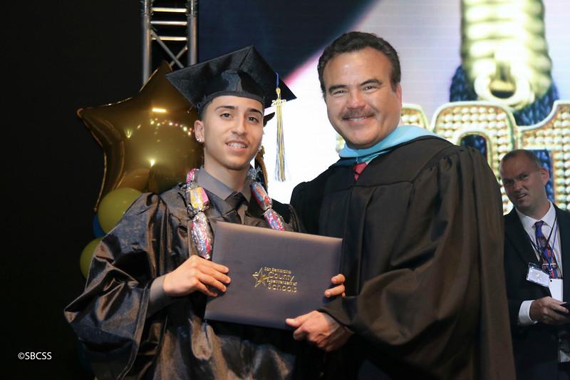 20180615_StudentServGrad-diplomas-8.jpg