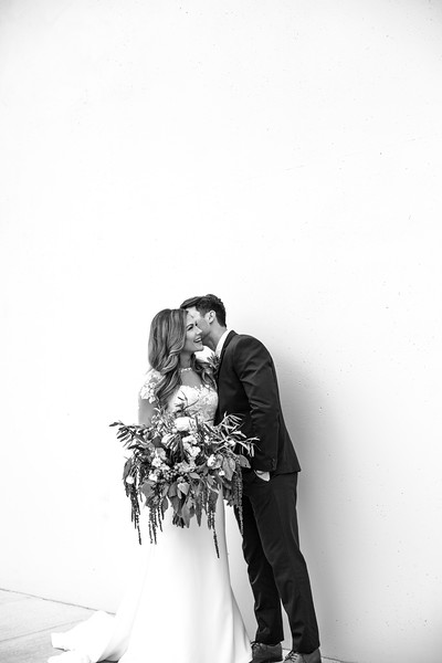 Kate&Josh_B&W_ZACH.WATHEN.PHOTOGRAPHER-231.jpg