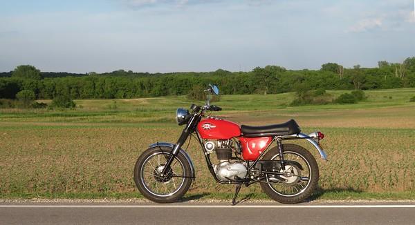 1968 BSA B44VR