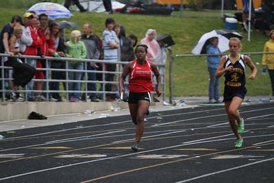 Girl's 1600 Meter Relay - 2012 MHSAA LP D3 T&F