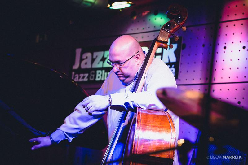 20160301-204948_0138-zuzana-vlcekova-kvartet-jazzdock.jpg
