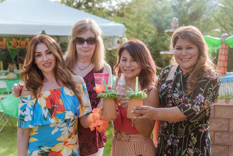 Aloha Birthday Party Cesar LumoBox-3.jpg