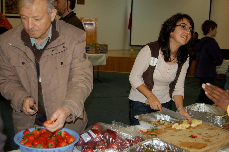 abrahamic-alliance-international-common-word-community-service-cityteam-2011-11-20_03-42-16-loureen-murphy.jpg