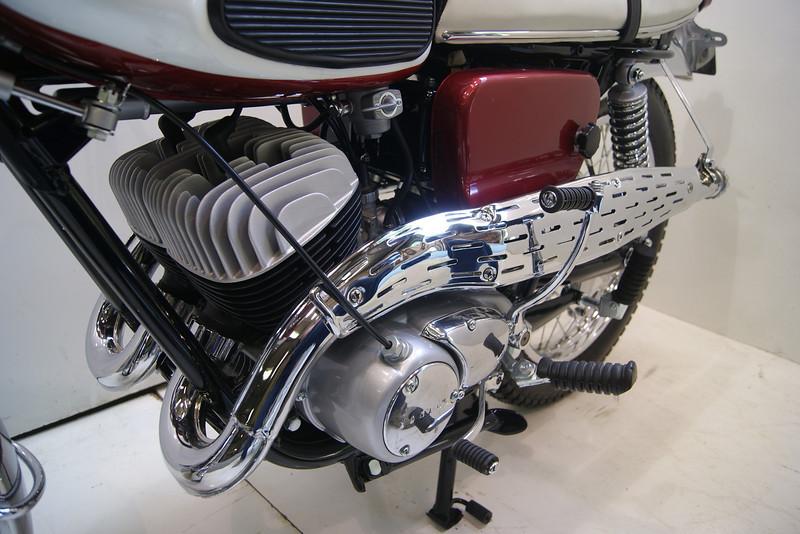 1967 YDS3C 010.JPG