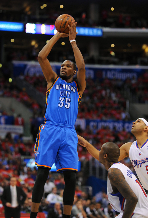 . Thunder\'s Kevin Durant has an open shot against the Clippers, Friday, May 9, 2014, at Staples Center. (Photo by Michael Owen Baker/Los Angeles Daily News)