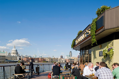 Pub overlooking Thames River, London, United Kingdom