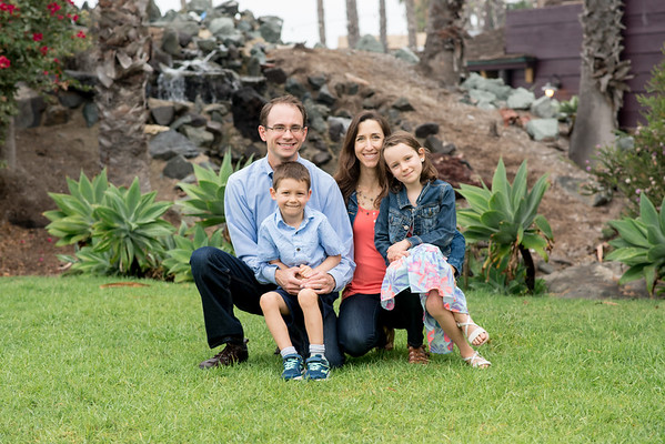 Paradise Point Resort 92109 San Diego Family Portrait Wedding Photographer