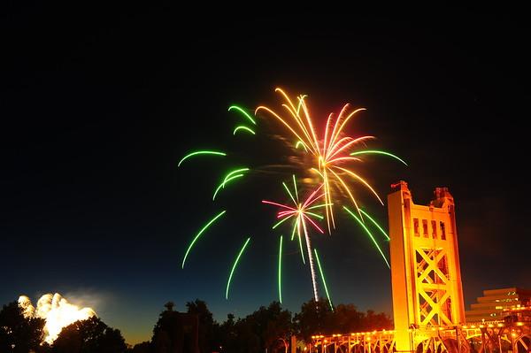 July 4th 2017 Fireworks display Old Sacramento Raleys Field.