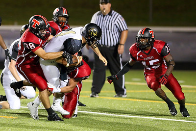 rel-linebacker-creates-turnovers-with-strips