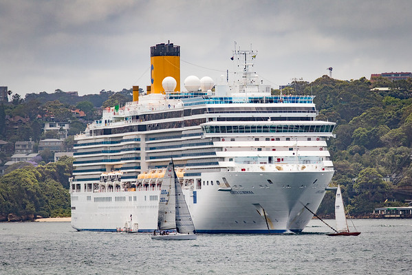 Costa Luminosa & HMAS