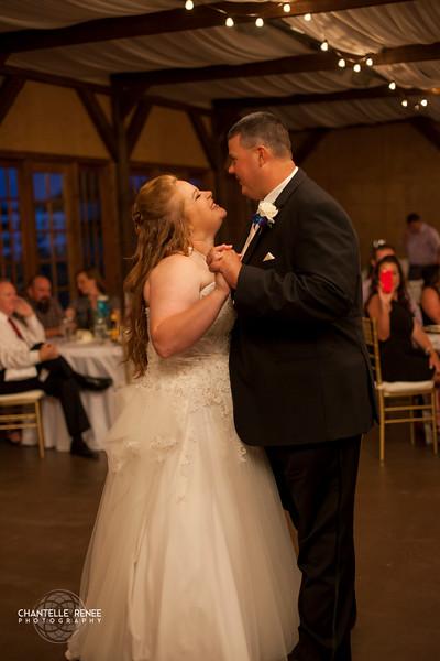 CRPhoto-White-Wedding-Social-493.jpg