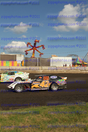 ISF IMCA Deery Late Model and State Fair race 8-13-12