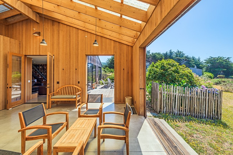 Sliding Doors open up to Back Patio