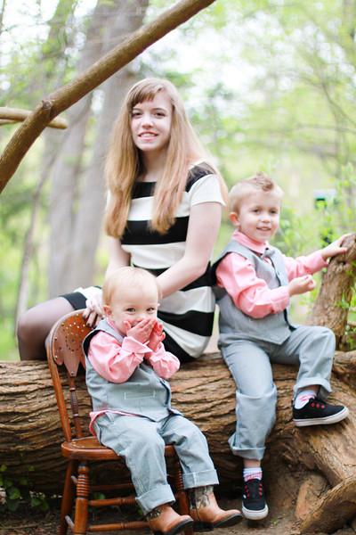 ERIN FAMILY SPRING 2014-64.JPG