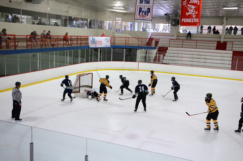 150907 Jr. Bruins vs. Whalers-067.JPG