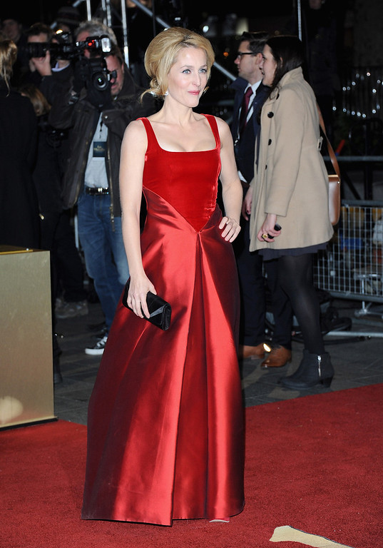 ". Actress Gillian Anderson attends the ""Les Miserables\"" World Premiere at the Odeon Leicester Square on December 5, 2012 in London, England.  (Photo by Stuart Wilson/Getty Images)"