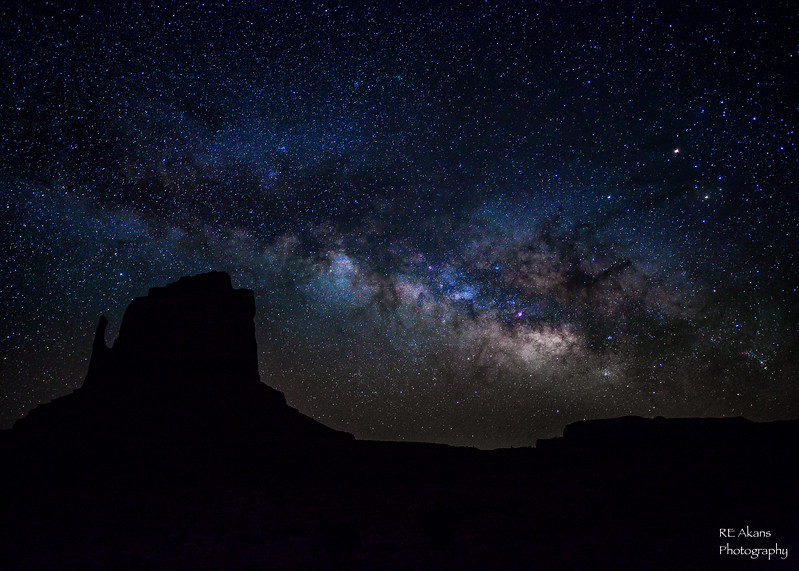 Made from 11 light frames (captured with a Canon camera) by Starry Landscape Stacker 1.4.5.