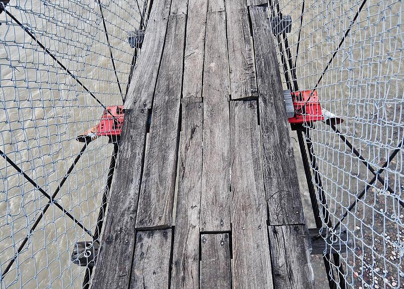 PEU_7516-7x5-Wind Wire at bridge.jpg