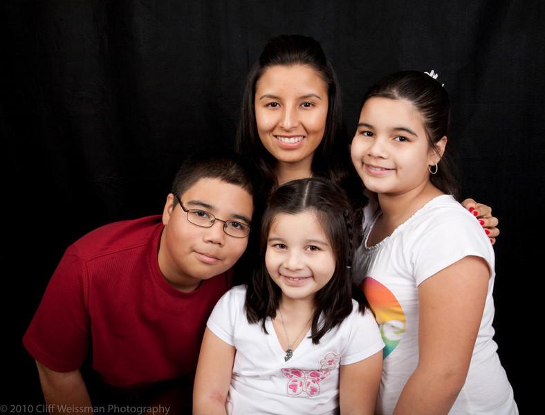 Fuentes Family Portraits-8436.jpg