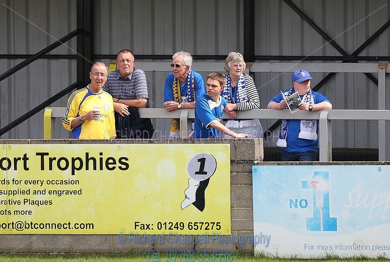 CHIPPENHAM TOWN  V FARNBOROUGH FC