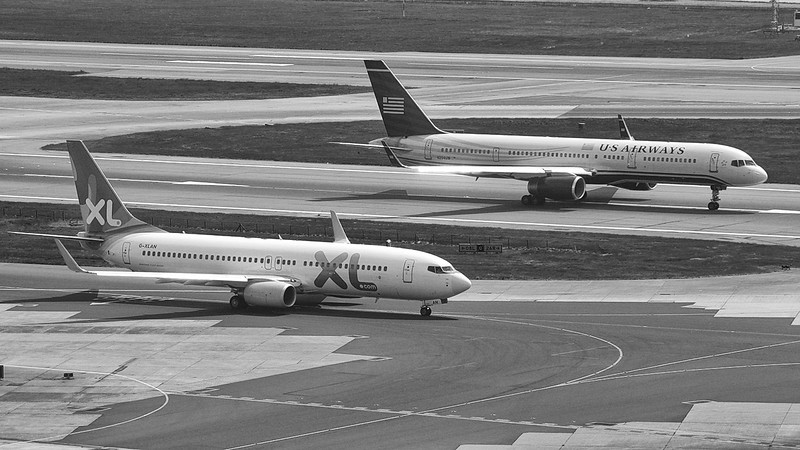XL Airways 737-800 & US Airways 757-200