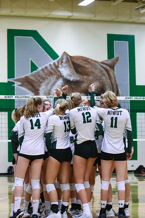 Varsity Volleyball vs. Silver Creek - 9/11/18