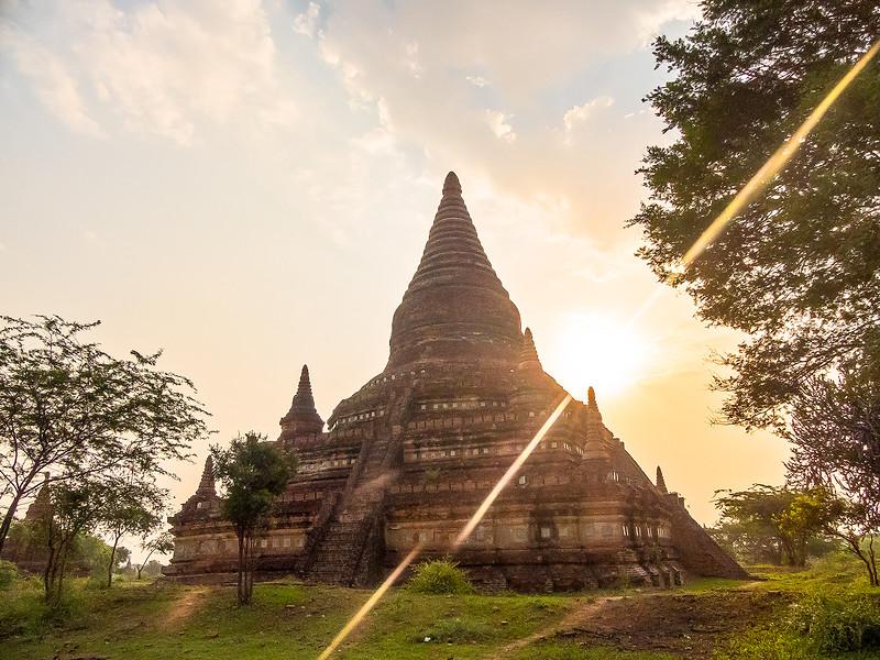 Myanmar Bagan Temples_P1160324.jpg