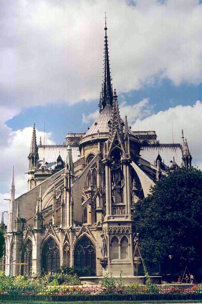 Notre Dame Rear View.jpg