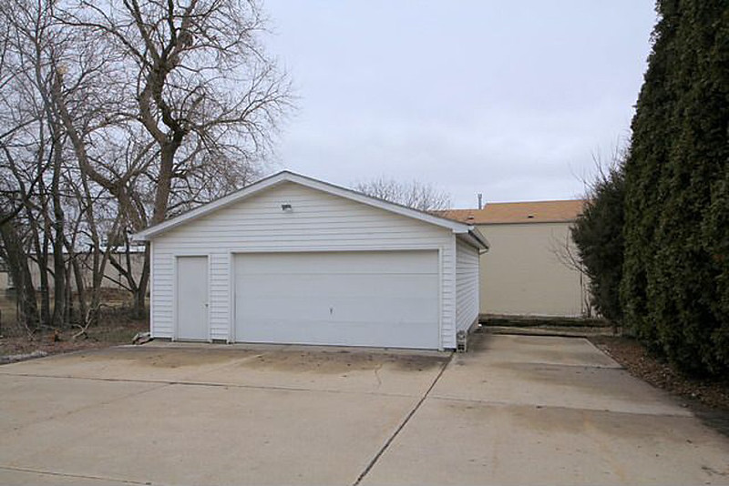 319 North Ave Real Estate Listing Photo (1).jpg