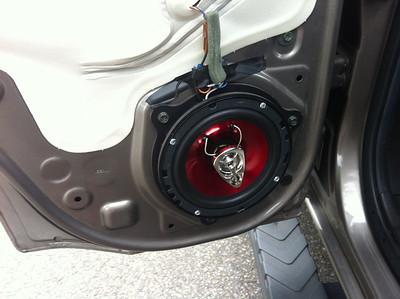 2005 Nissan Xterra SE Rear Speaker Installation