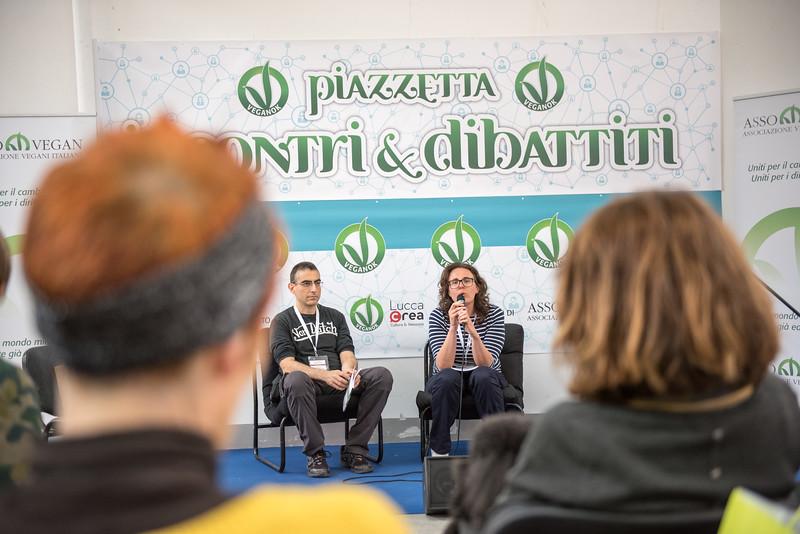 lucca-veganfest-conferenze-e-piazzetta_031.jpg