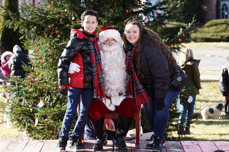 Santa In The Park 20190032.JPG