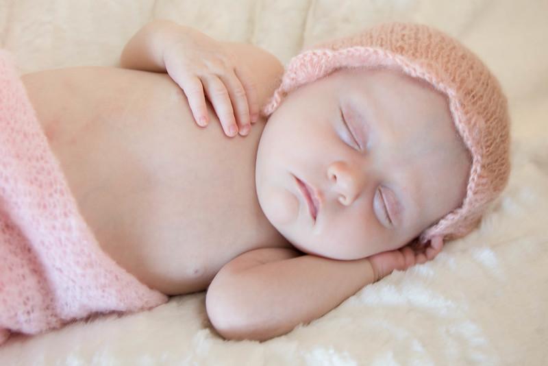 Tilly newborn session-23.jpg