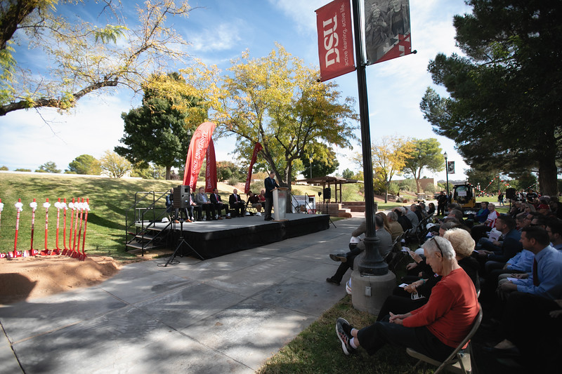 SCIENCE BUILDING GROUND BREAKING 2019-8828-Edit.jpg