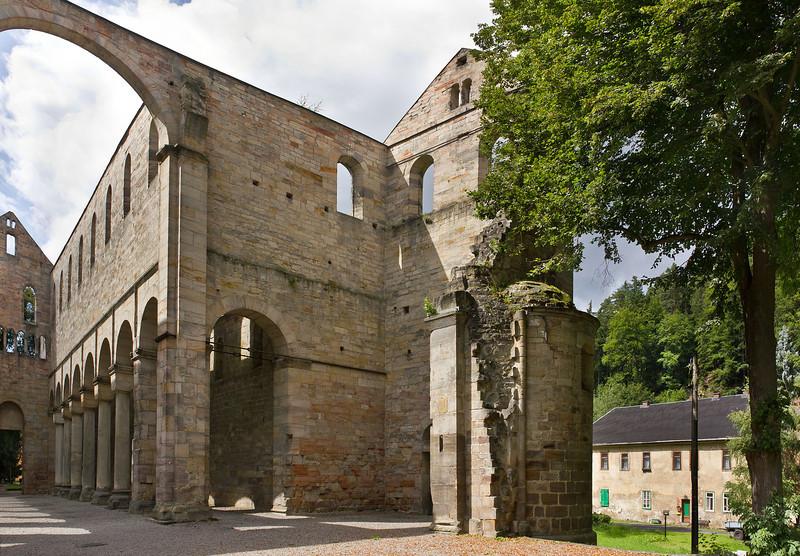 Klosterkirche Paulinzella - Blick aus Vierung nach Nordwesten