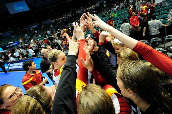 USC Women's Volleyball v Pepperdine 2011 - NCAA Round 4